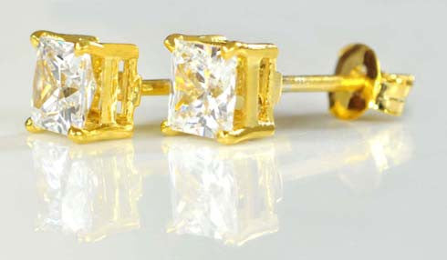 14K SOLID GOLD CHARMING PRINCESS SHAPE 4.25 CARATS SOLITAIRE ENGAGEMENT STUDS