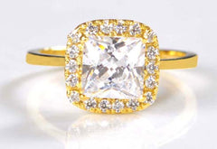 2.65 CARATS BRILLIANT PRINCESS CUT 14KT SOLID GOLD SOLITAIRE WITH ACCENTS RING