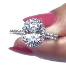 2.50 CARATS AMAZING OVAL SHAPE 925 STERLING SILVER SOLITAIRE WITH ACCENTS WEDDING RING