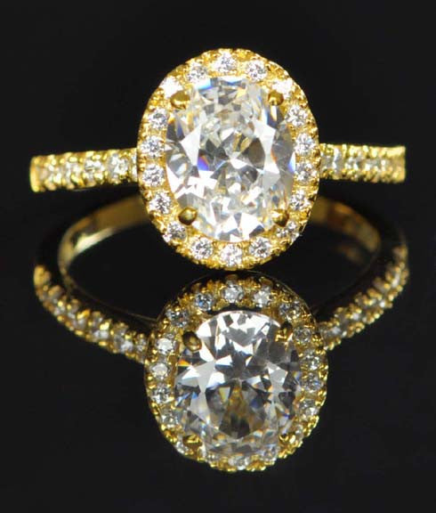 3.25 CARATS BRILLIANT OVAL CUT 14KT SOLID GOLD SOLITAIRE WITH ACCENTS RING