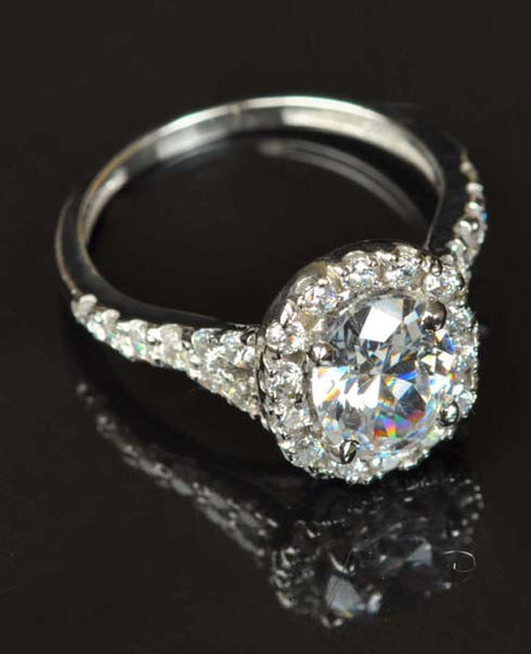 4.10 CARATS SUPERB OVAL SHAPE 925 STERLING SILVER SOLITAIRE WITH ACCENTS ENGAGEMENT RING