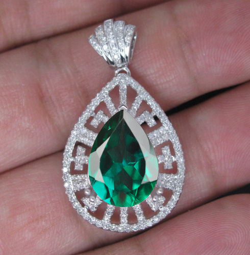 14KT SOLID GOLD 1.90 CARATS EGL CERTIFIED DIAMOND & PEAR SHAPE NATURAL GREEN EMERALD PENDANT