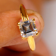 14KT SOLID GOLD 2.35 CARATS SOLITAIRE GOOD LOOKING SQUARE SHAPE WEDDING RING