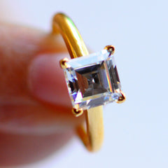 3.10 CARATS AWESOME SQUARE SHAPE 14KT SOLID GOLD SOLITAIRE PROPOSAL RING