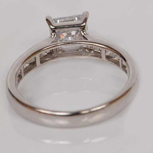14KT SOLID GOLD 2.65 CARATS EXCELLENT PRINCESS SHAPE SOLITAIRE ENGAGEMENT RING