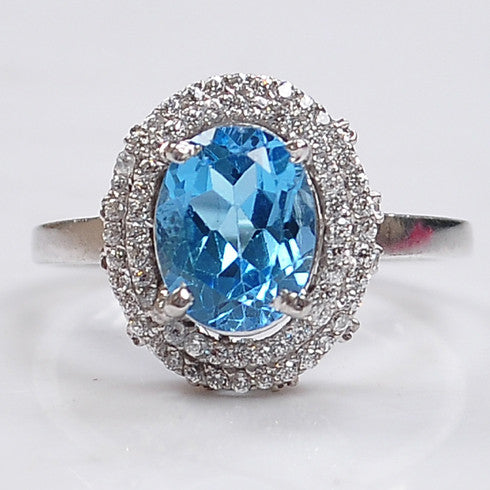 18KT SOLID GOLD 2.80 CARATS OVAL SHAPE NATURAL BLUE TOPAZ & EGL CERTIFIED DIAMOND RING