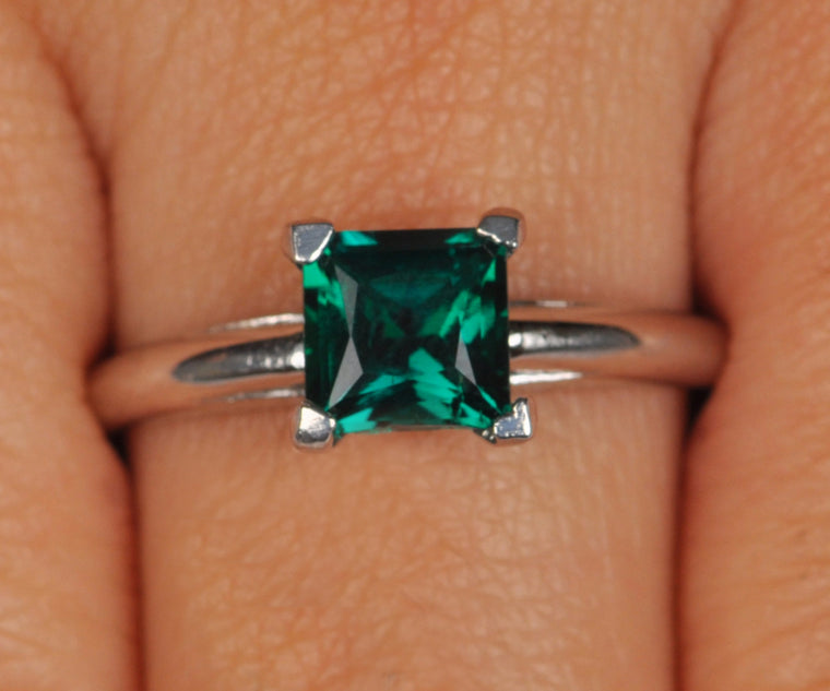 100% CERTIFIED 1.40 CARATS PRINCESS SHAPE REAL 18KT SOLID GOLD NATURAL GREEN EMERALD RING