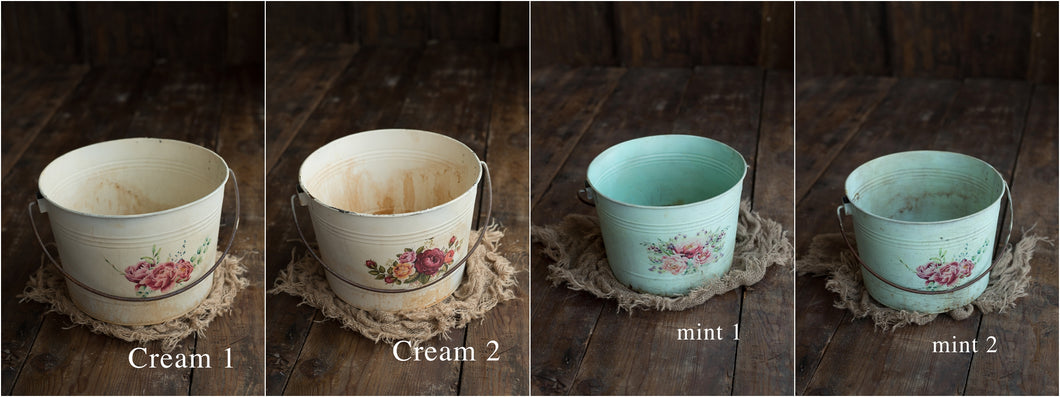 Double-sided Floral Aged Pail-Sitter Size