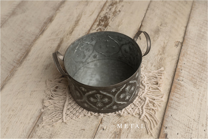 Decorative Tin Bucket