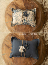 Pillow and Bow Sets