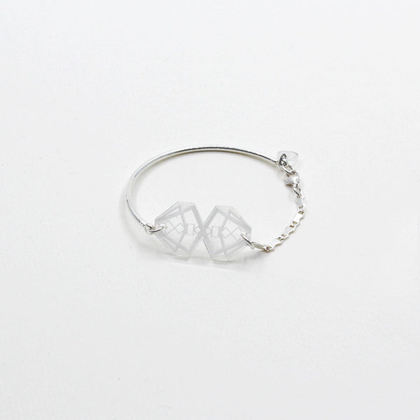 Asymmetric Shape Bracelet (Clear/Silver Chain)