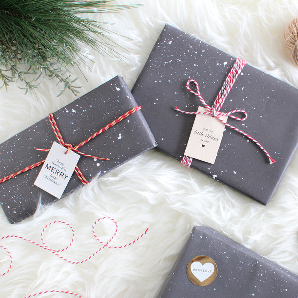 Gift Wrap w/Strings & Gift Tag