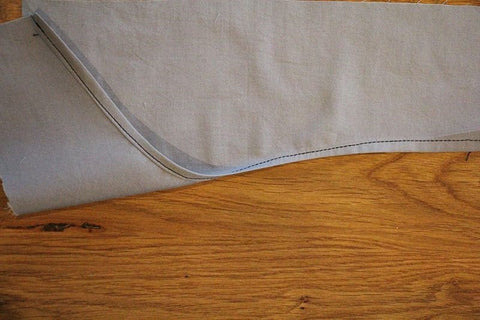 Sewing a curved hem (finished)