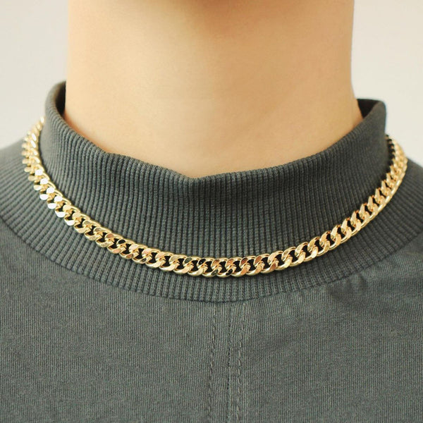 On the rock chain necklace