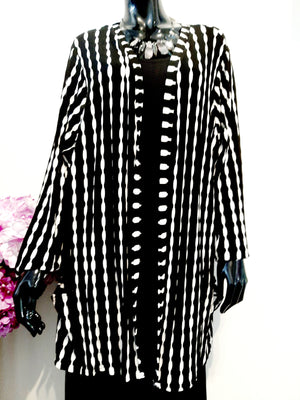 Black and White Stretch Jacket J157