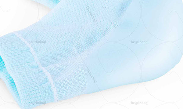 Cotton Sleeve-Styled socks with Gel Lining inside. Mineral Oil moisturises dry and chapped skin and the Medical-grade gel provides shock absorption.