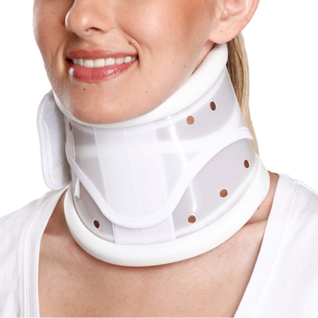 Cervical Collar Hard Adjustable (TYOR34) by Tynor India