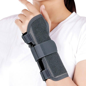 Wrist splint ambidextrous E43BBZ by Tynor India to support orthopedic issues of wrist | heyzindagi.in