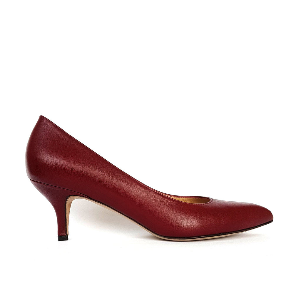 Burgundy leather Pumps with a heel. Shop online or in our store in Nicosia, Cyprus