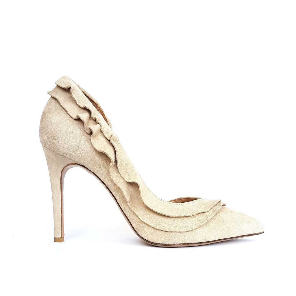 Nude suede Pumps with a heel. Shop online or in our store in Nicosia, Cyprus