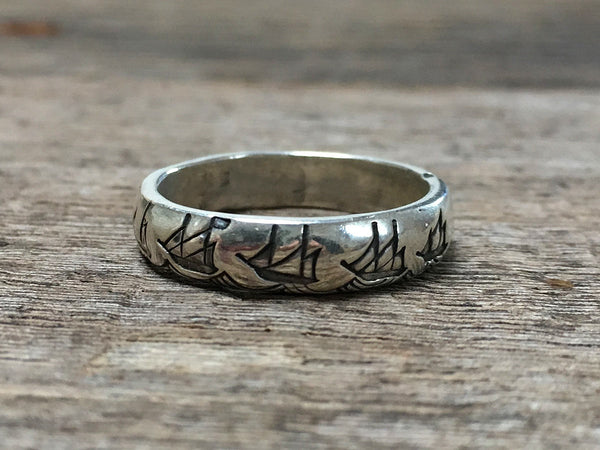 Battle Diagram Ring