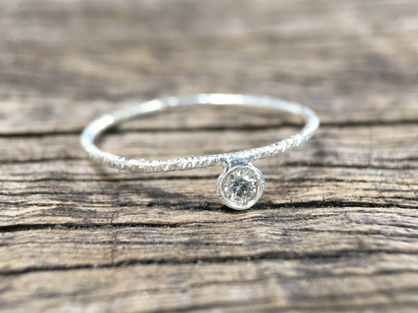 Hammered Ring with Diamond