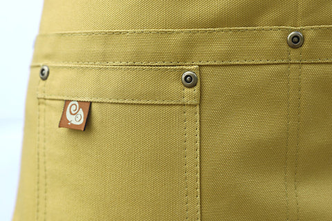 Koda Stilwell Short Bistro Apron (Honey)