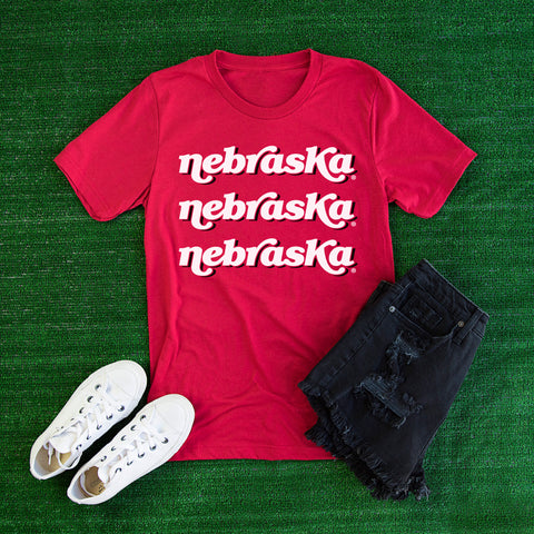 VINTAGE NEBRASKA PRINT - NEBRASKA TEE SHIRT on RED