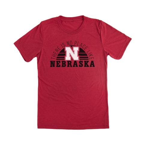 NO PLACE LIKE NEBRASKA - NEBRASKA GAMEDAY TRADITION TEE