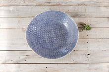 Wonki Ware XL Patterned Serving Platter and 4 plain wash ramekins
