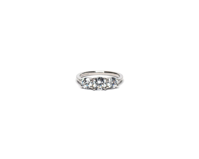 09f635602659eb CLASSIC 3 STONE ENGAGEMENT RING (1.30CT TOTAL)