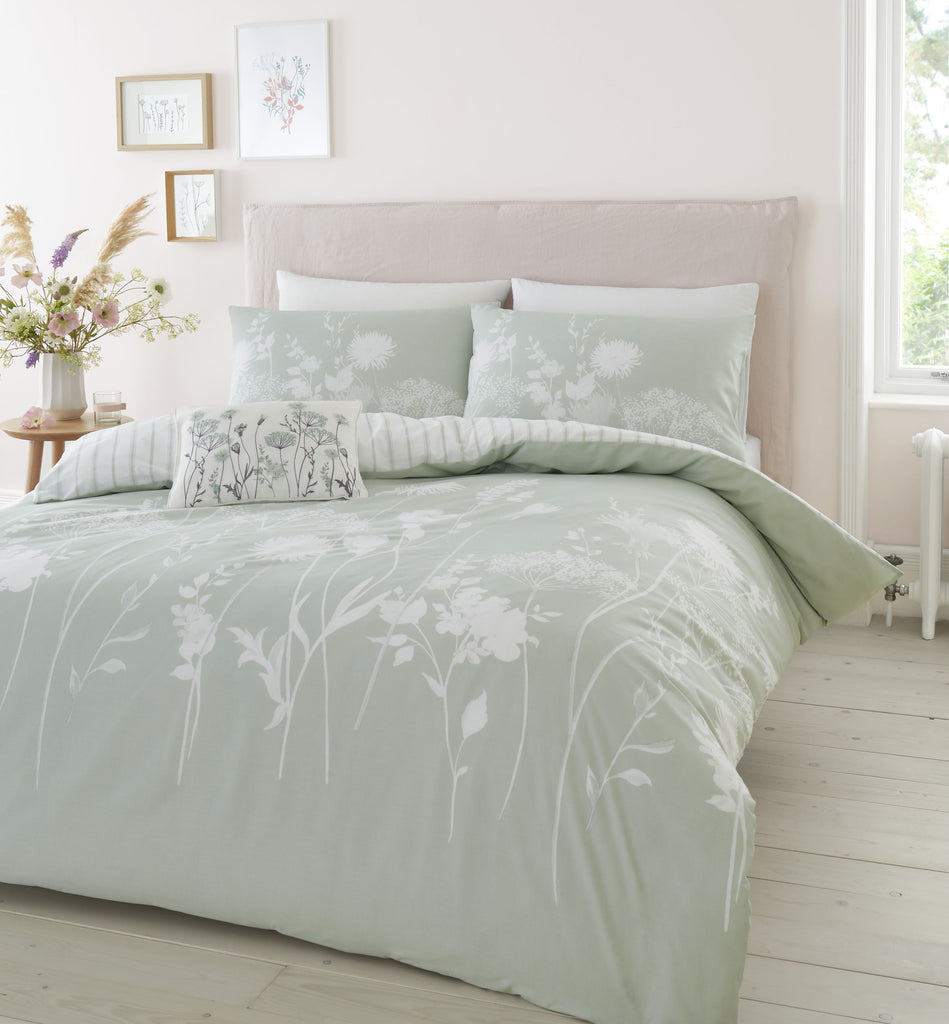Catherine Lansfield Meadowsweet Floral Duvet Set