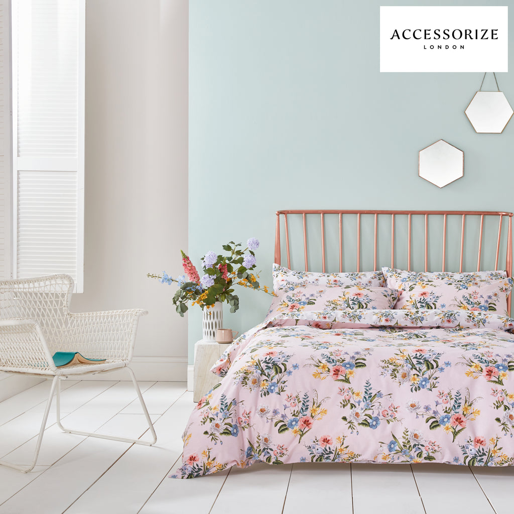 Accessorize Botanical Vintage Bloom Blush Quilt Set