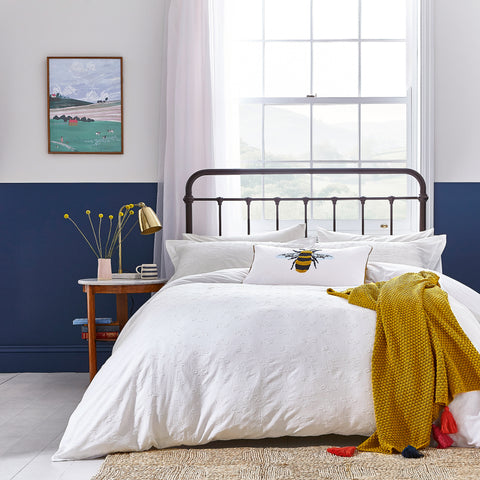 Joules Botanical Bee Clipped Chalk Bedding