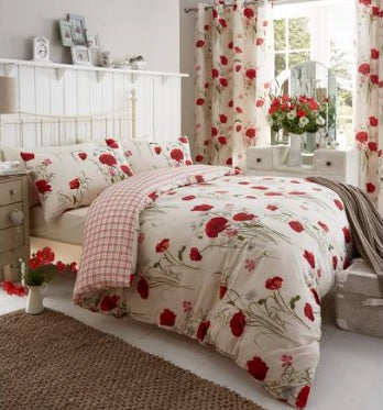 Catherine Lansfield Wild Poppies Red Quilt Set