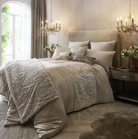 Kylie Minogue Savoy Blush Bedding (*ONE FREE PILLOWCASE PAIR WITH EVERY DUVET COVER)