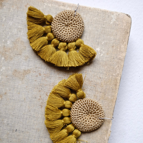 Cumin & Cumin Crochet Disc Tassel Earrings