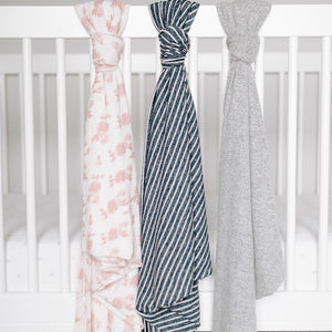ADEN & ANAIS Snuggle Knit Swaddle - PinkiBlue
