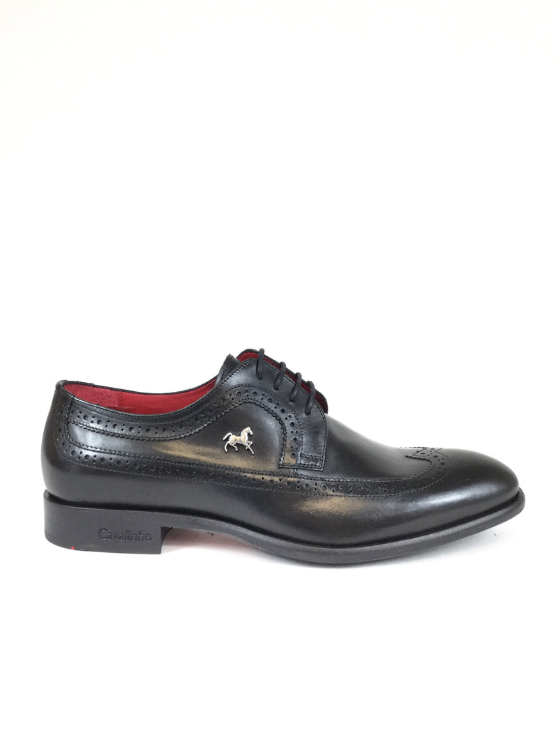 Black Wingtip
