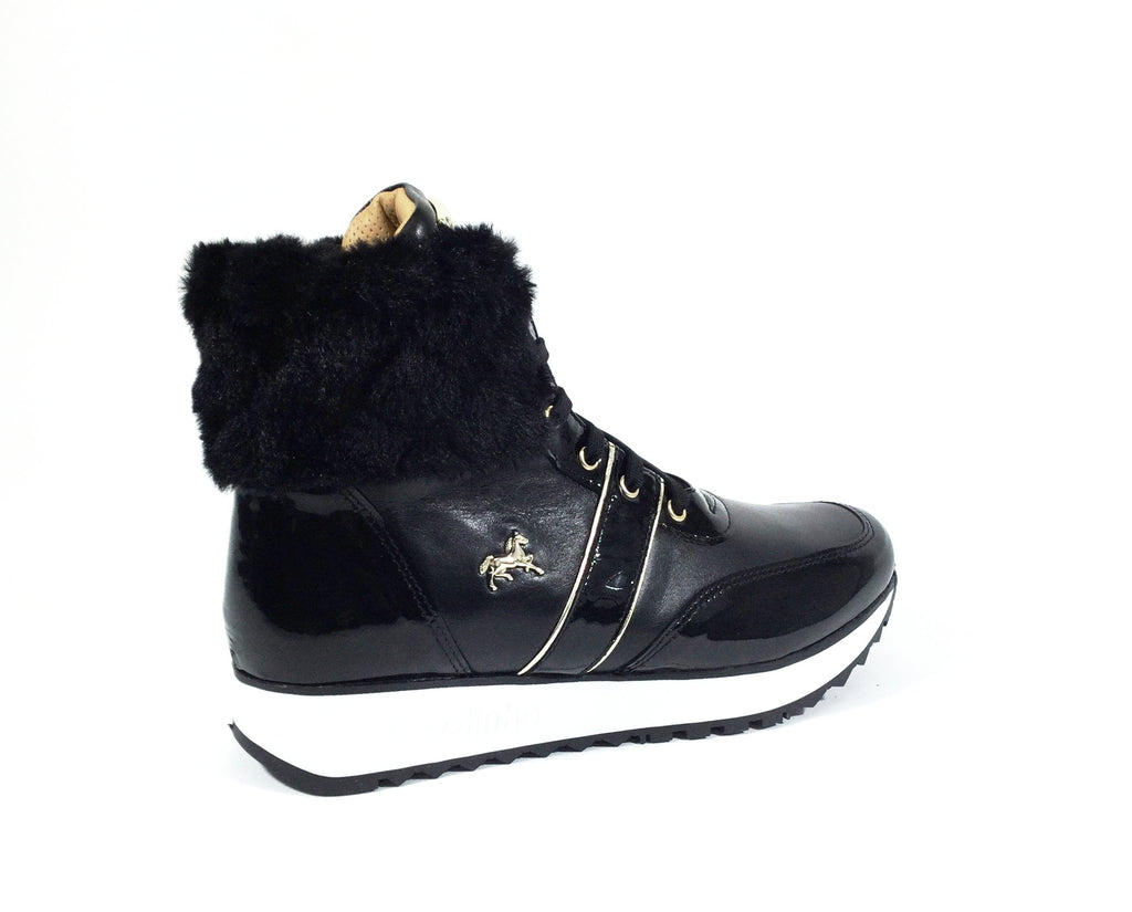 Black Winter Running Boots
