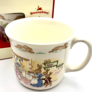 Bunnykins Hug a Mug 1 Handle - By Royal Doulton