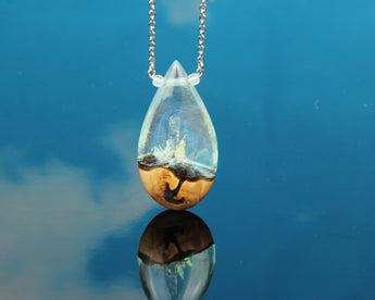 Cut Branch crystal world fantasy teardrop pendant