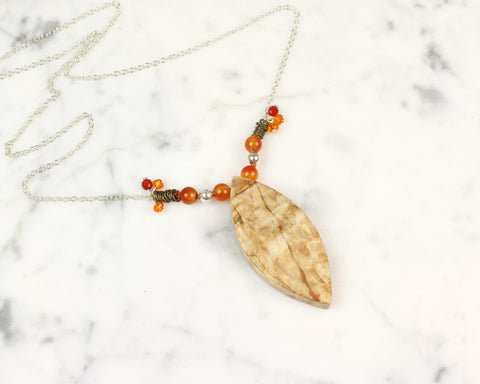 boho style wood pendant necklace