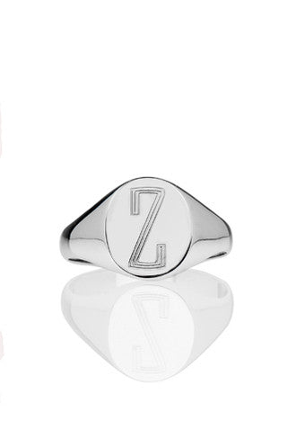 Small signet ring by Joolz Collection