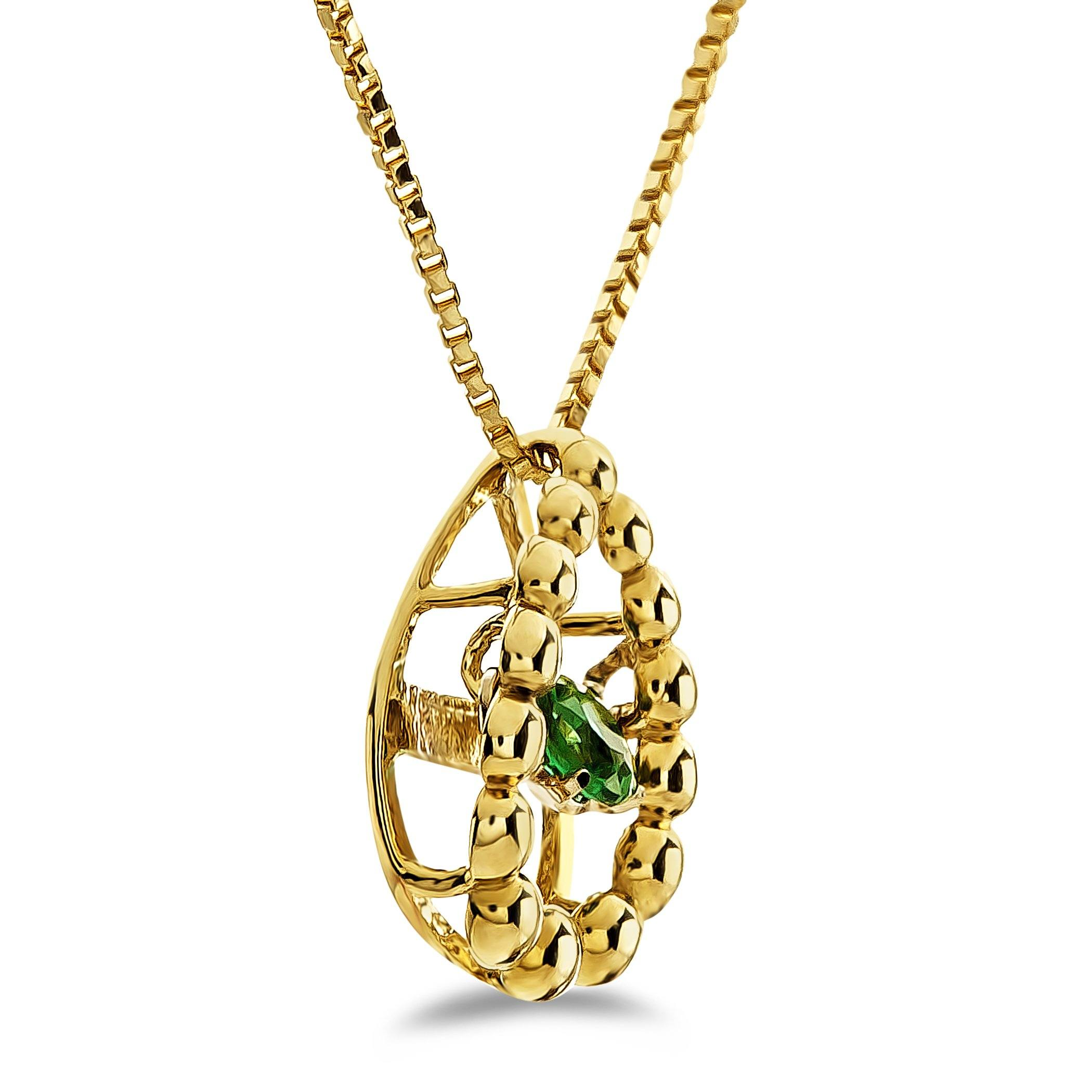 collection pendant emerald yg in products stone tresor diamond triple