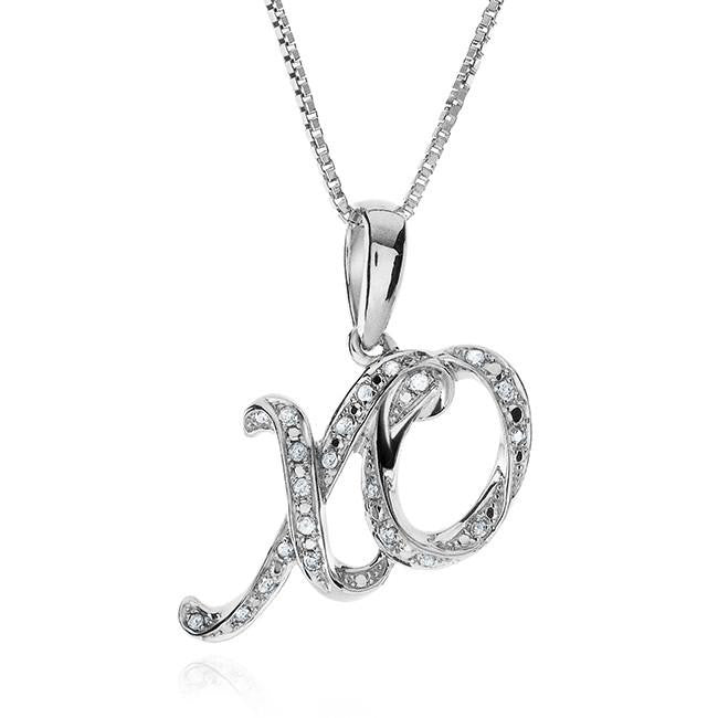 0.10 Carat Hugs & Kisses Pendant in Sterling Silver with Chain