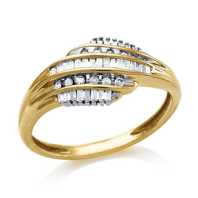 0.25 Carat Diamond Ring in 10K Yellow Gold - Size 7
