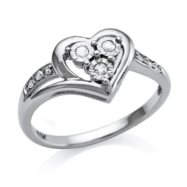 10K White Gold Diamond Heart Ring (0.10 Cttw)
