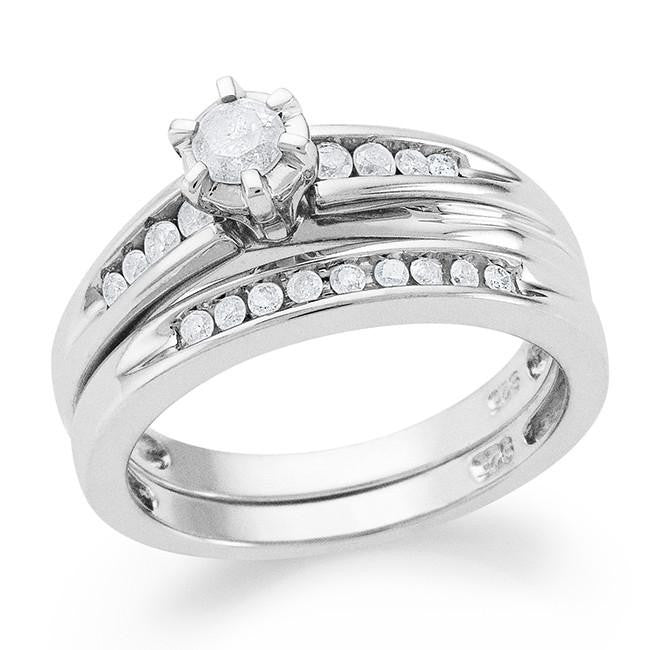 0.35 Carat White Diamond Ring Set in Sterling Silver