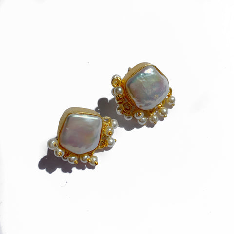 Shree baroque pearl studs